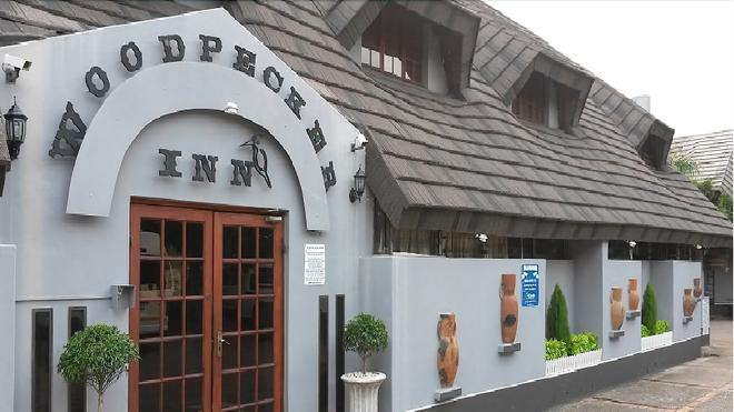 Woodpecker Inn - Richards Bay - Building