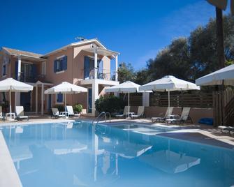 Villa Theodora - Nikiana - Pool