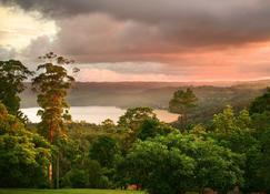 Montville Misty View Cottages - Montville - Outdoor view