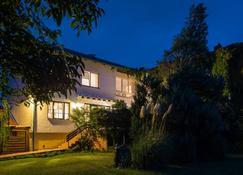 Wein & Landhaus Willi Opitz - Illmitz - Building