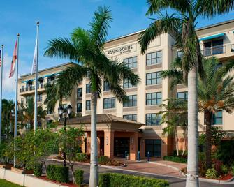 Four Points by Sheraton Punta Gorda Harborside - Пунта-горда - Building