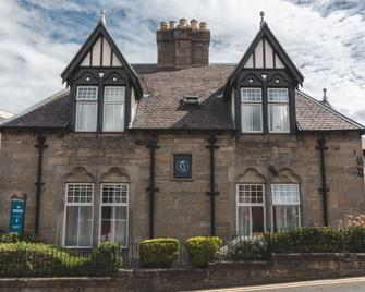 The Queens Bed & Breakfast - South Queensferry - Building