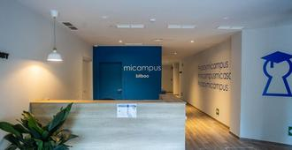 Micampus Bilbao - Bilbao - Front desk