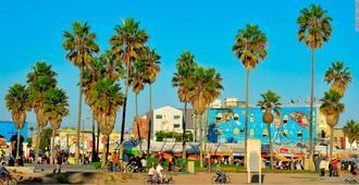 Dunes Inn Sunset - Los Angeles - Beach