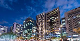 Hotel Peyto Samseong - Seúl - Vista del exterior