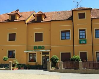 Pension Euro - Mikulov - Building