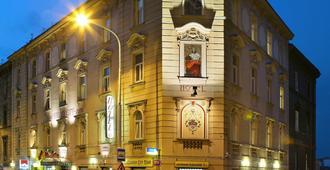 Hotel Golden City-Garni - פראג - בניין