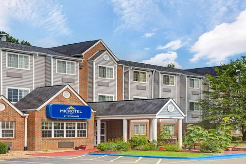 Microtel Inn & Suites by Wyndham Raleigh Durham Airport - Morrisville - Building
