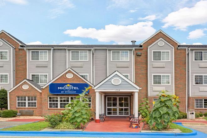 Microtel Inn & Suites by Wyndham Raleigh Durham Airport - Morrisville - Κτίριο