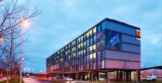 citizenM hotel Amsterdam Airport - Schiphol - Gebouw