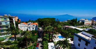 Hotel Eden - Sorrento - Outdoor view