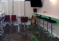 西能源走廊品質套房酒店 - 休士頓 - 休斯頓 - 餐廳