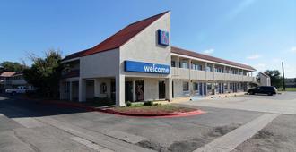 Motel 6 Amarillo Airport - אמרילו
