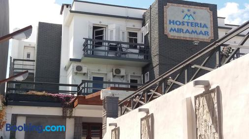 Hosteria Miramar - Piriápolis - Building