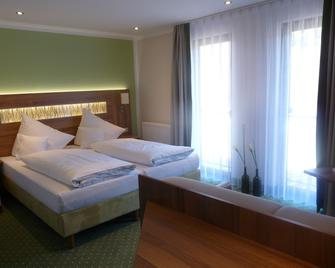 Landgasthof Baumhoftenne - Marktheidenfeld - Bedroom