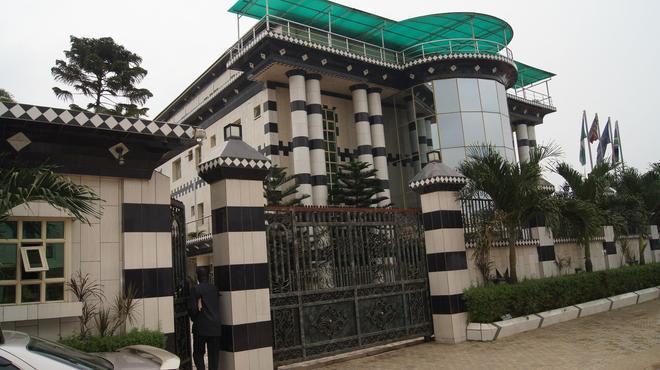 Royalview Hotel And Suites - Lagos - Rakennus