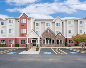 Microtel Inn & Suites by Wyndham Bentonville - Bentonville - Edificio