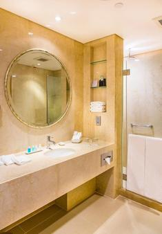The T Hotel - Hong Kong - Bathroom