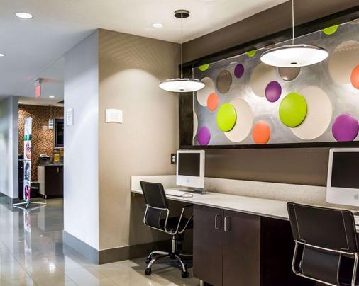 Quality Suites Fort Myers - I-75 - Fort Myers - Khu vực làm việc