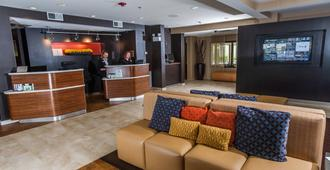 Courtyard by Marriott Florence - Florence - Front desk