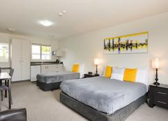 Ellena Court Motel - Blenheim - Bedroom
