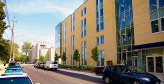 Queen's University - David C. Smith House - Kingston - Building
