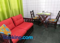 Suíte 1, aconchegante, privativa e independente - Cuiabá - Sala de estar