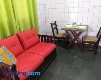 Suíte 1, aconchegante, privativa e independente - Cuiabá - Living room
