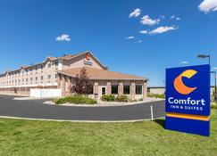 Comfort Inn and Suites Near University of Wyoming - Laramie - Rakennus