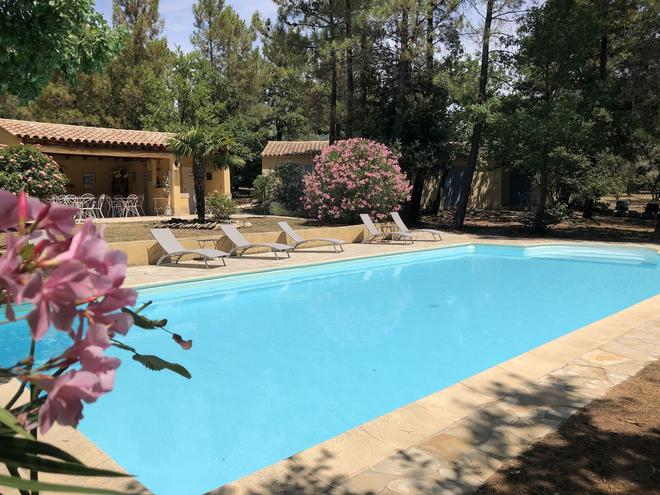 Le Clos Des Cigales - Roussillon - Pool