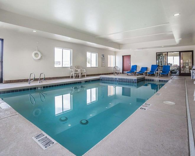 Comfort Inn - Ogden - Pool