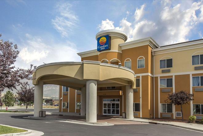 Comfort Inn - Ogden - Building