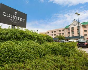 Country Inn & Suites Atlanta Ap South, GA - Atlanta - Building