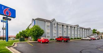 Motel 6 Indianapolis, IN - Indianapolis - Gebäude