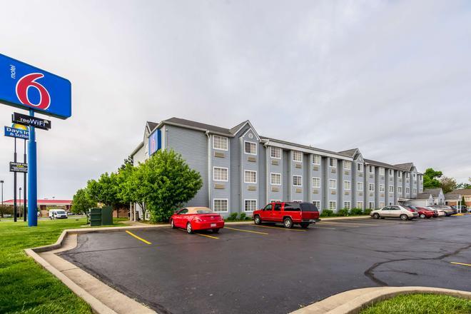 Motel 6 Indianapolis - Ιντιανάπολη - Κτίριο