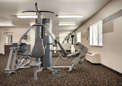 Travelodge by Wyndham Cheyenne - Cheyenne - Gym
