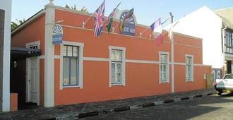 The Secret Garden Guesthouse - Swakopmund - Gebäude