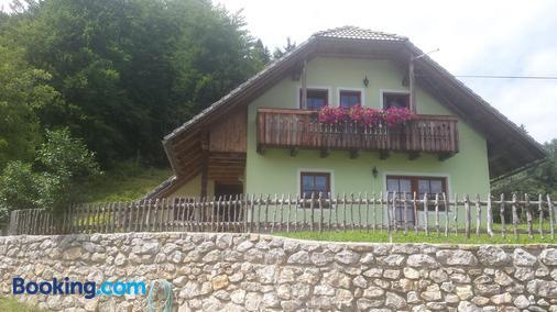 Vaznik Farm House Apartments - Bled - Building