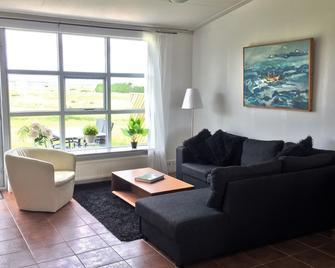 Ásubúð Apartments - Budardalur - Living room