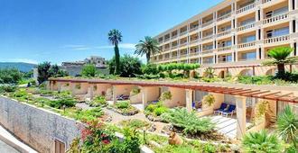 Corfu Palace - Корфу