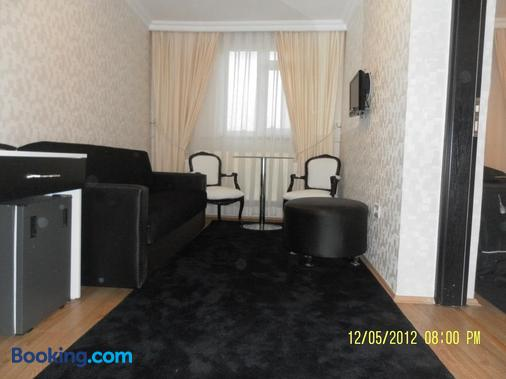 Hotel La White - Istanbul - Living room
