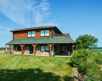 Quality Inn Ashland - Lake Superior - Ashland - Building