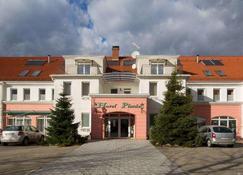 Platan Hotel - Debrecen - Building