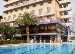 Hotel Eur - Camaiore - Rakennus
