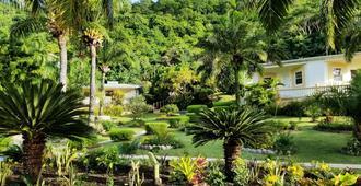 Blue Horizons Garden Resort - Saint George's