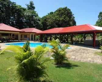 Kekemba Resort Apartments Paramaribo - Paramaribo - Uima-allas