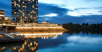 Hyatt Regency Dusseldorf - Dusseldorf - Bygning
