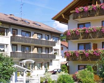 Hotel garni Schmideler - Зонтгофен - Building