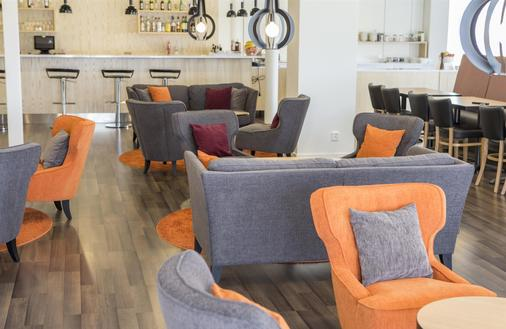 Best Western Hotell Ljungby - Ljungby - Bar