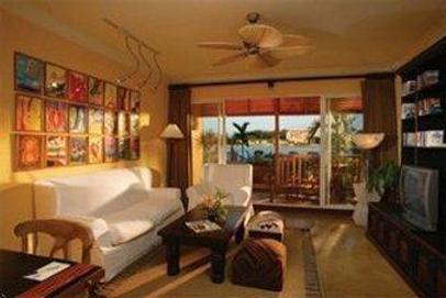 Pelican Bay Resort At Lucaya - Freeport - Living room